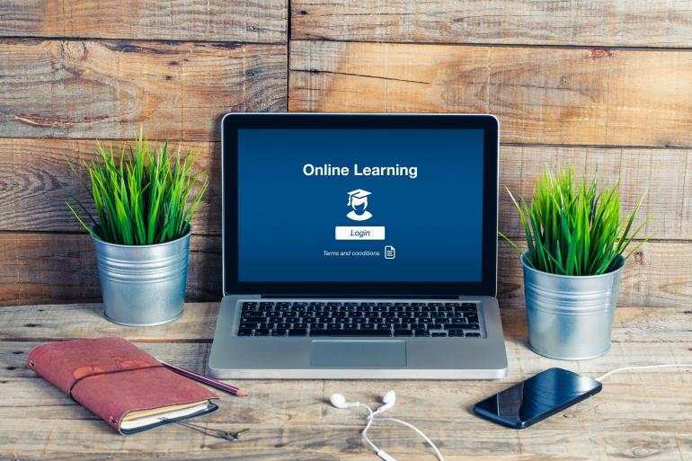 E-Learning with Acoustic Facts Academy